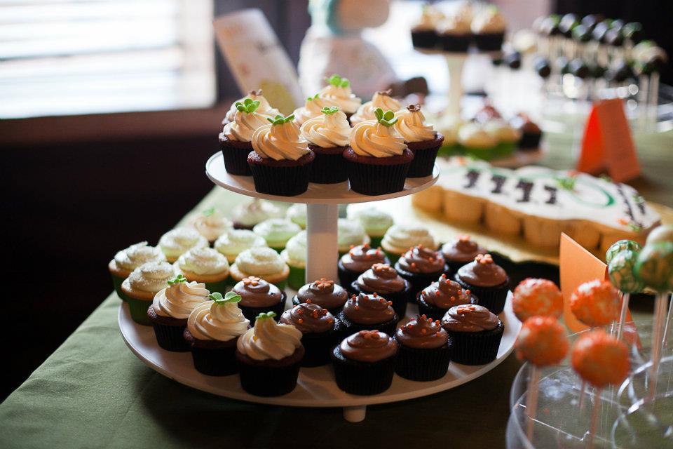 Event cake pops - brown and orange