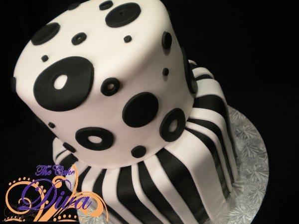 Black & White Fondant Cake