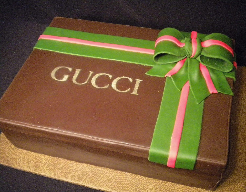 Gucci Gift Box Cake