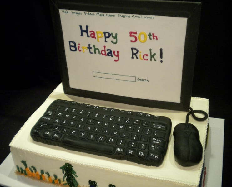 Computer Cake with Screen, Keyboard, and Mouse
