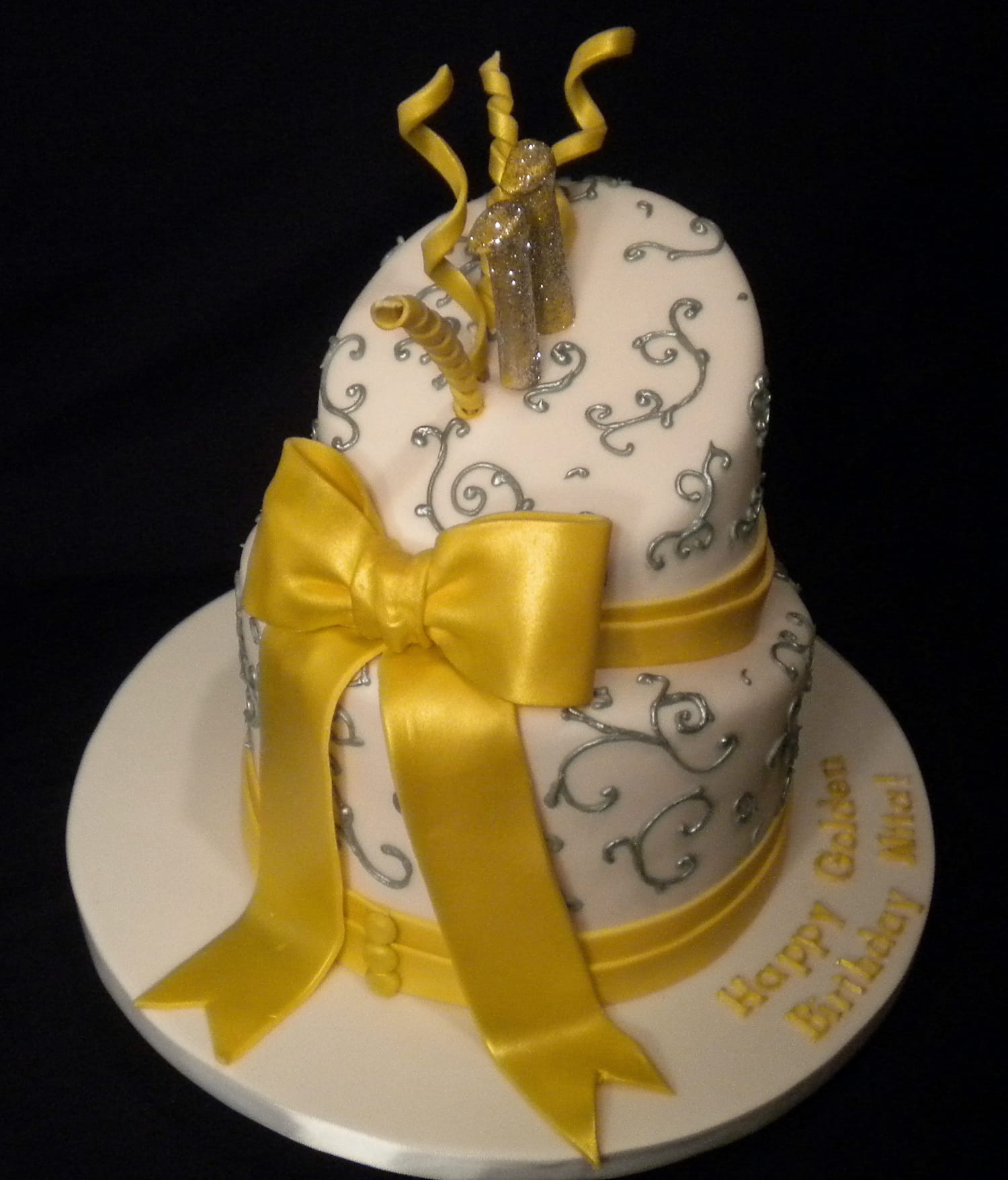 Gold Bow Cake