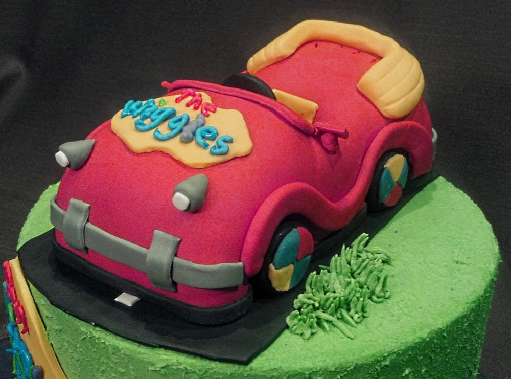Excellent Custom Birthday Cakes For Kids And Children Custom Minneapolis Funny Birthday Cards Online Alyptdamsfinfo