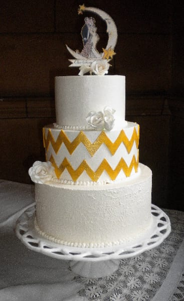 Gold Chevron 20's Themed Wedding Cake